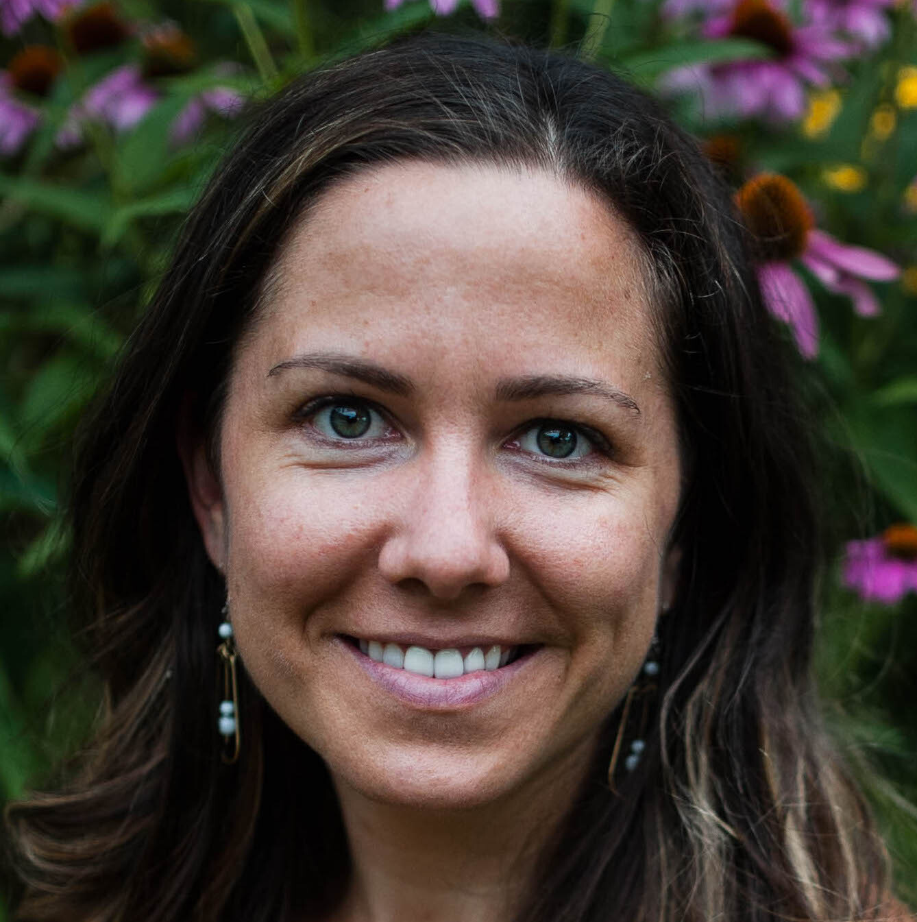 Dr. Lindsay Ronshagen